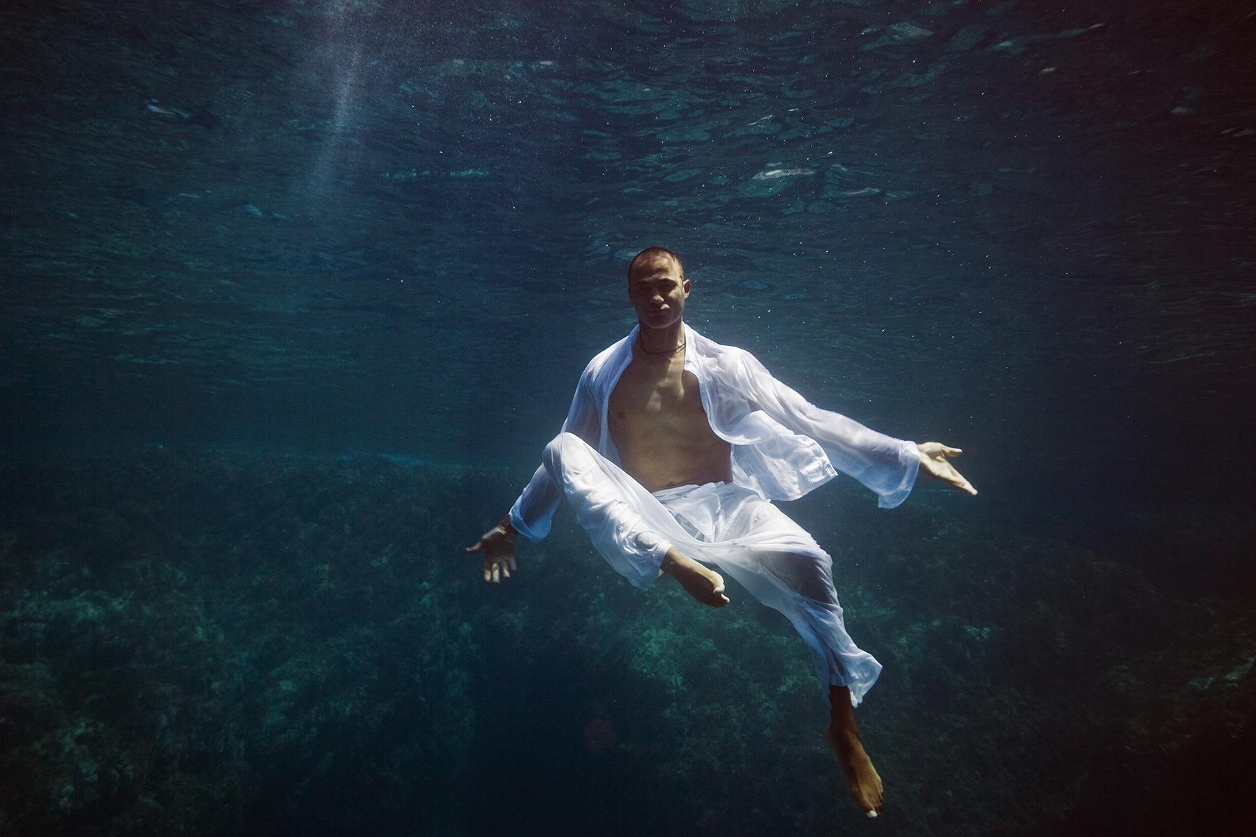 Underwater Fashion Kung Fu