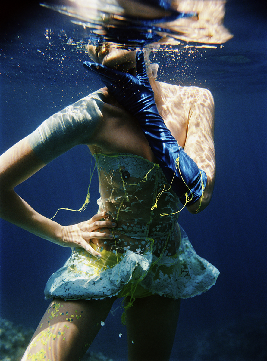 UNDERWATER FASHION