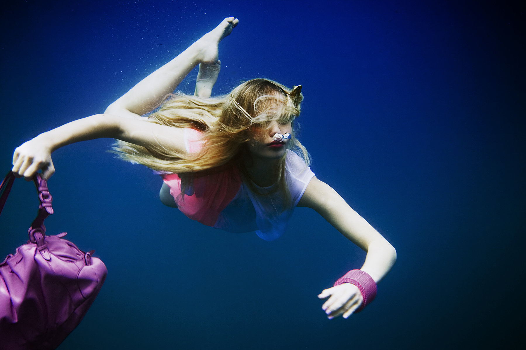 how to become an underwater photographer